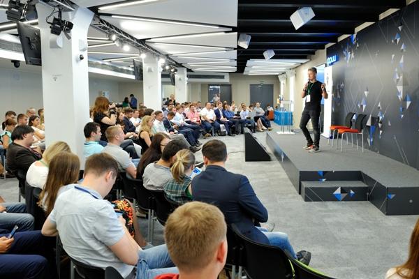 Вторая практическая конференция «Bank.Bot - 2017: банковские чат-боты и робоэдвайзинг»