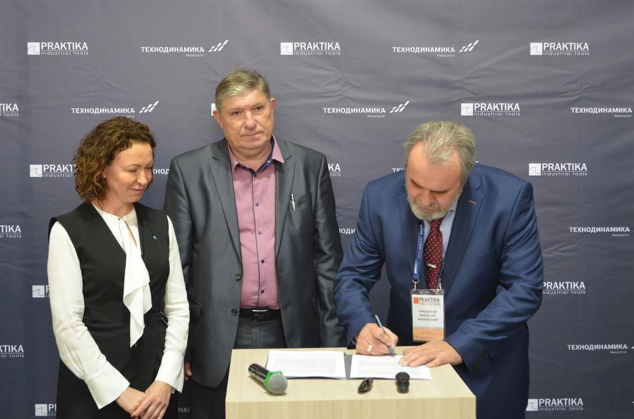 «Балтийский лизинг» профинансировал станки, разработанные Ростехом