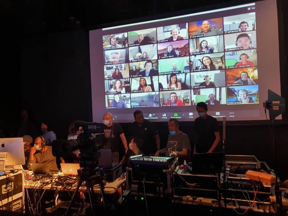 Первая онлайн-конференция V-Convention компании QNET собрала более 100 тысяч участников