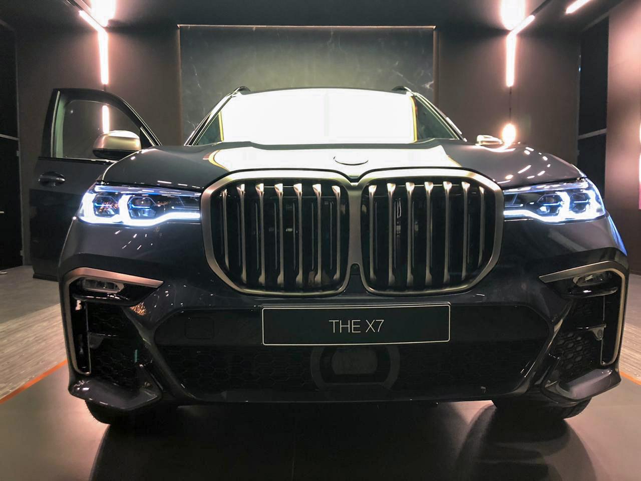 «Балтийский лизинг» принял участие в закрытом показе нового BMW X7 в Москве