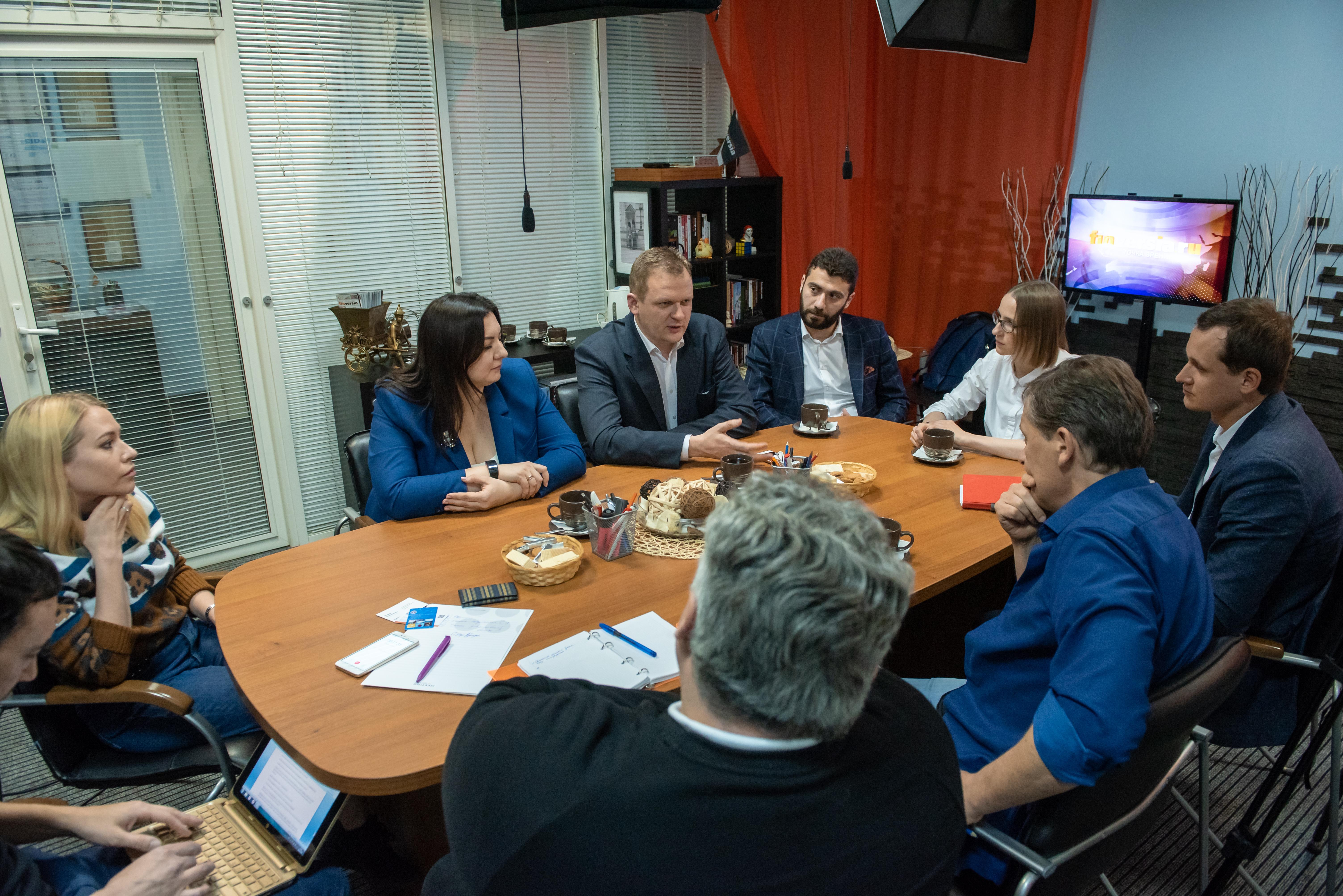 Руководители краудплатформ на площадке Финверсии обсудили тренды и перспективы краудфинансирования для малого бизнеса в форме краудфандинга, краудлендинга и краудинвестинга