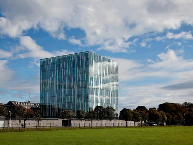 2011 год – новая библиотека в Веннесла, Норвегия