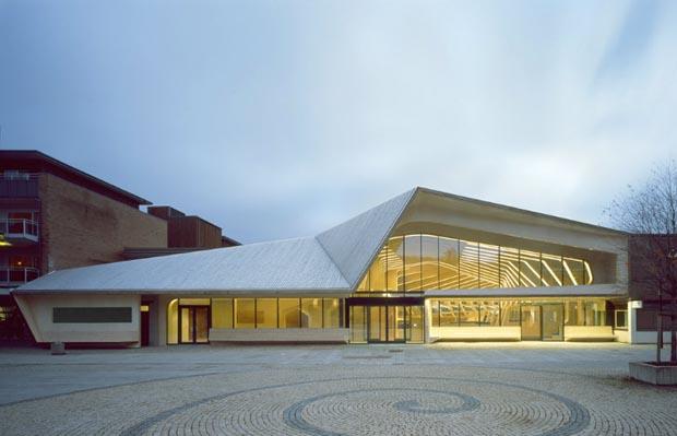 2011 год – новая университетская библиотека в Абердине, Шотландия