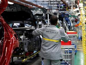Renault реструктурирует французские заводы в попытке сократить расходы